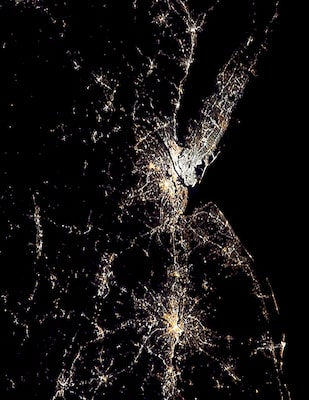 The US by night