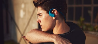 Picture of Waterproof and dustproof Walkman® with BLUETOOTH® Wireless Technology