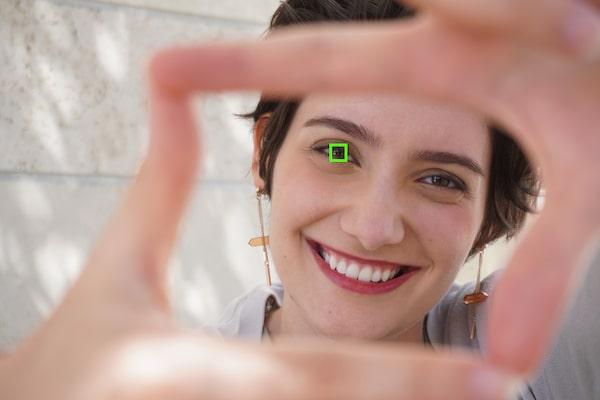 Real-time Eye AF for human