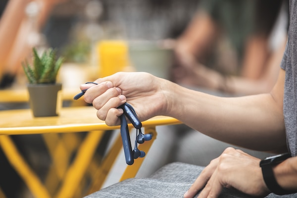 Silicon neckband