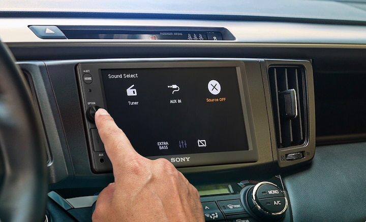 Hand pushing button